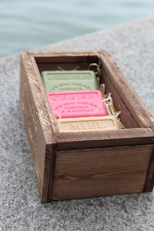 Handgemachte Rustikale Seifen Box mit 3 Original Seifen aus Marseille