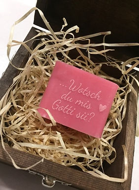 Personalisierte Seifenbox mit Original Seife aus Marseille
