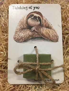 Say it with Soap - Holzkarte mit Seife - Faultier - Thinking of you