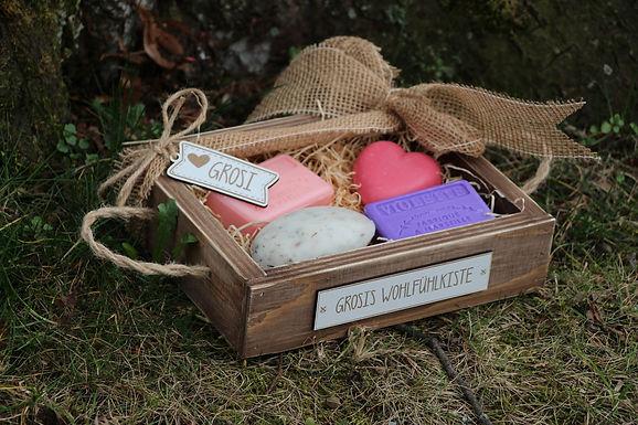 Wohlfühl Geschenkset BIO Seifen in Holzkiste - Personalisiert