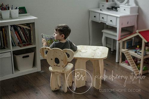 Kinderstuhl / Kinder Tisch - Personalisiert