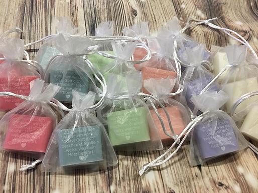 Personalisierte Seife mit Wunsch Text fürWeihnachten