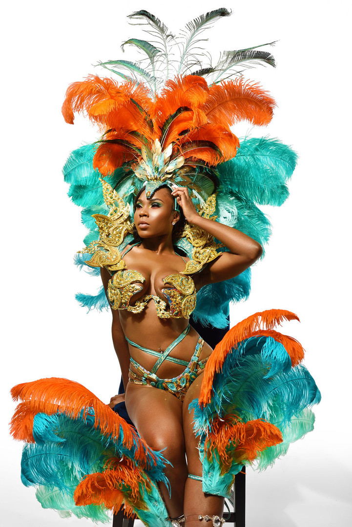 Calypso Midline with Feathered Footpiece