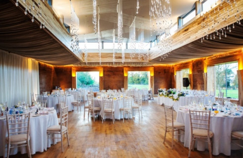 We look forward to filming at Elmore Court and creating a wonderful Wedding Video.