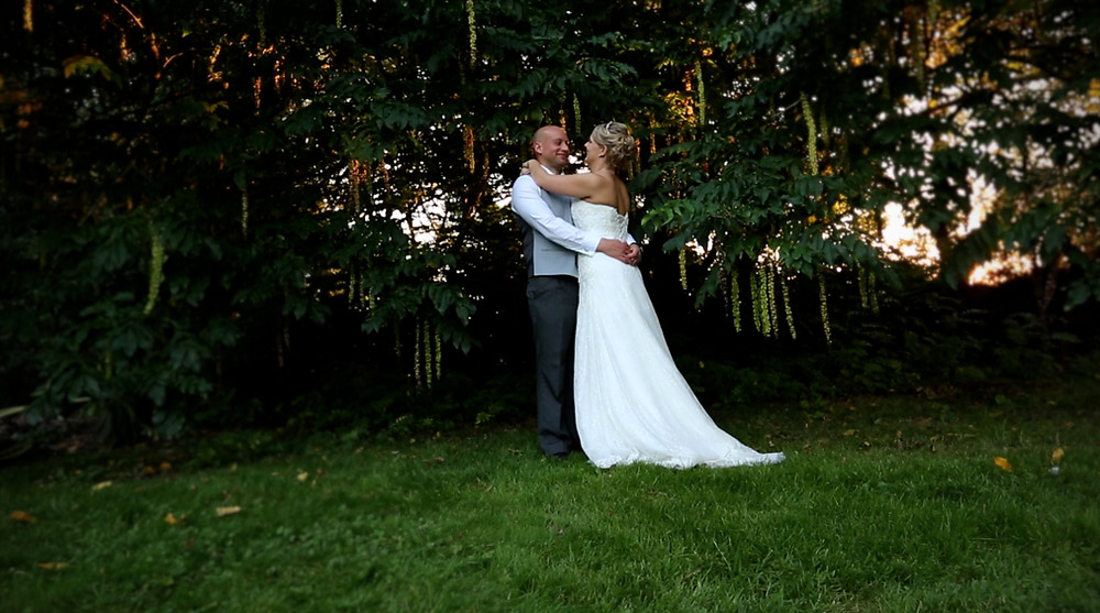 We were honoured to be the wedding videographers for Hannah and Dan at Birtsmorton Court.
