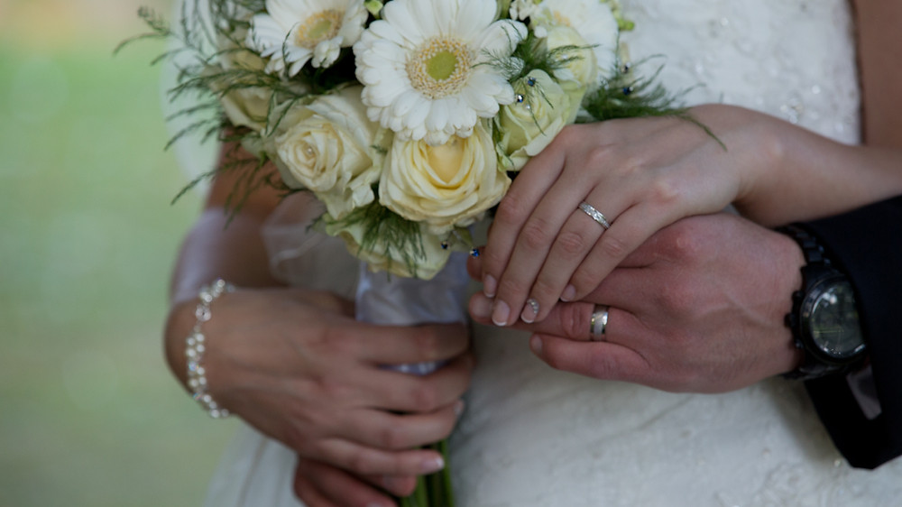 We love to show all the details from your day in your wedding video.