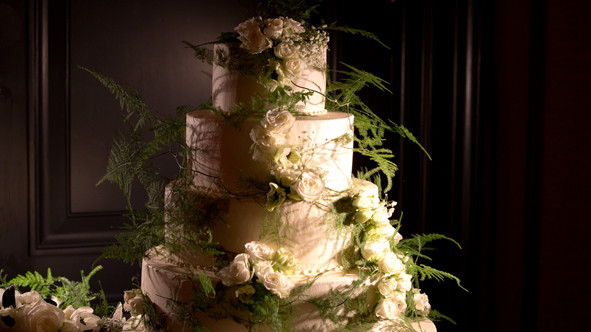 Wedding cake, Rosewood Hotel, London wedding videographer, Best wedding videography