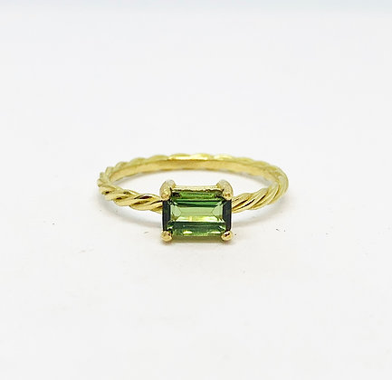 Twisted Rectangle horizontal Ring