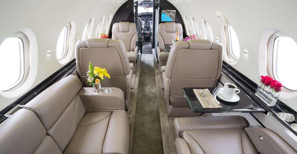 N900LD 2012 Hawker 900XP Cabin Aft.jpg