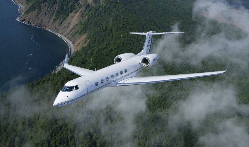 gulfstream-g550 clouds,-view-of-the-land