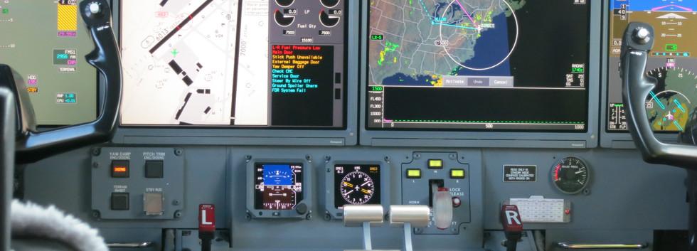 Gulfstream_G550_cockpit.JPG