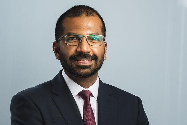 Mr Dev Mahadevan, Consultant Orthopaedic Foot and Ankle Surgeon in Reading, Berkshire