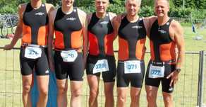 Bargteheider Triathleten trotzen in Eutin Wind und Wellen