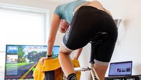 Radrennen im Wohnzimmer – Triathleten trotzen Corona