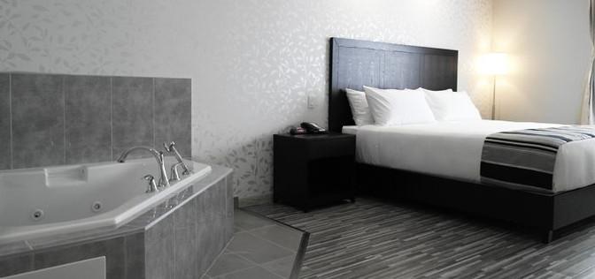 Jacuzzi suite 4