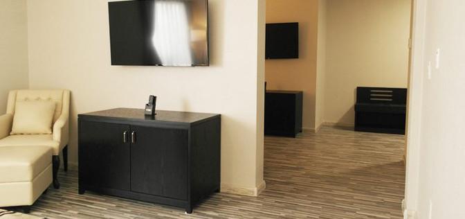 One bedroom suite 4