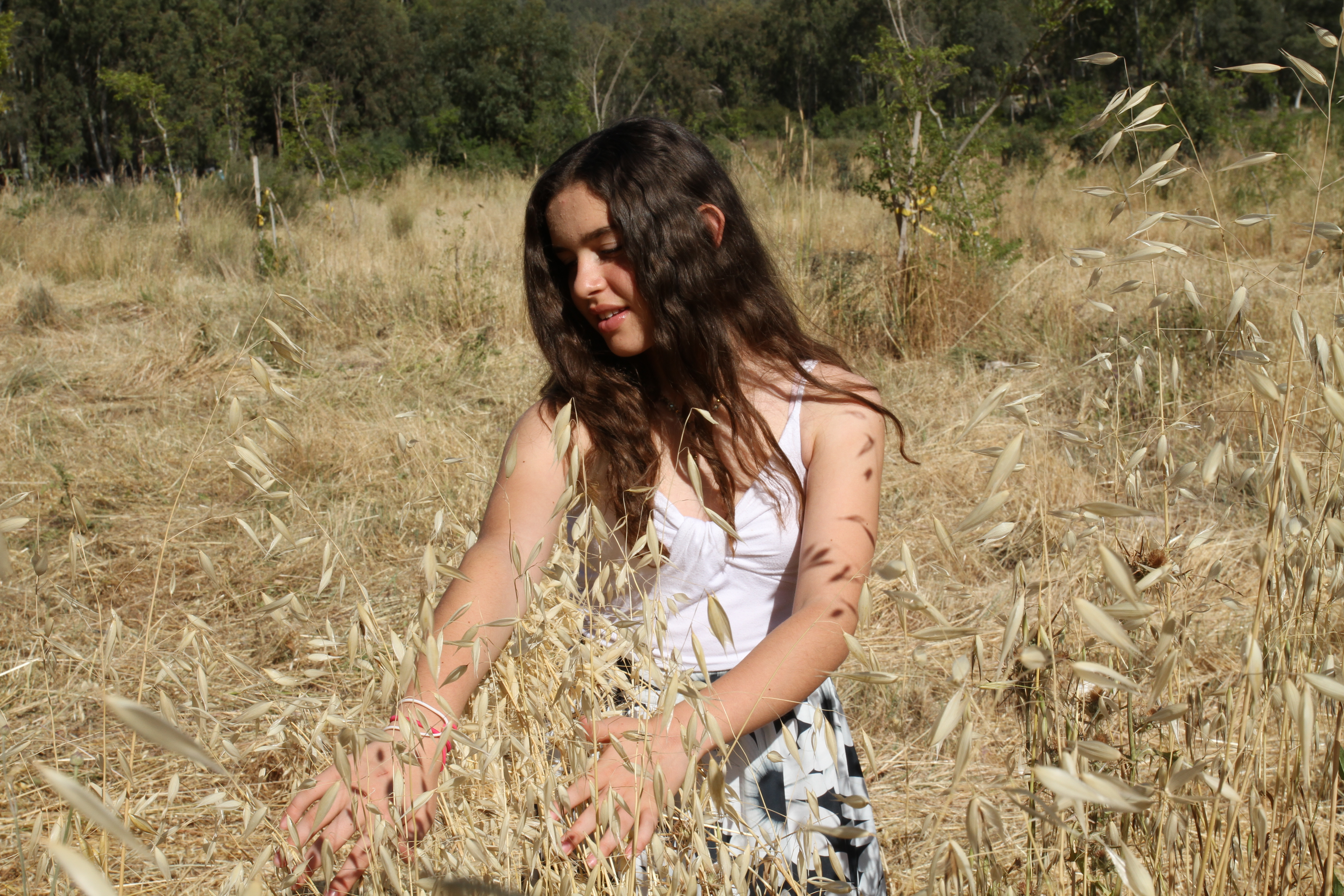 בת מצווש צילום בחוץ