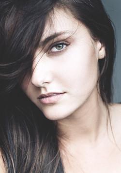 Makeup Hair Artist   Paula Heckenast