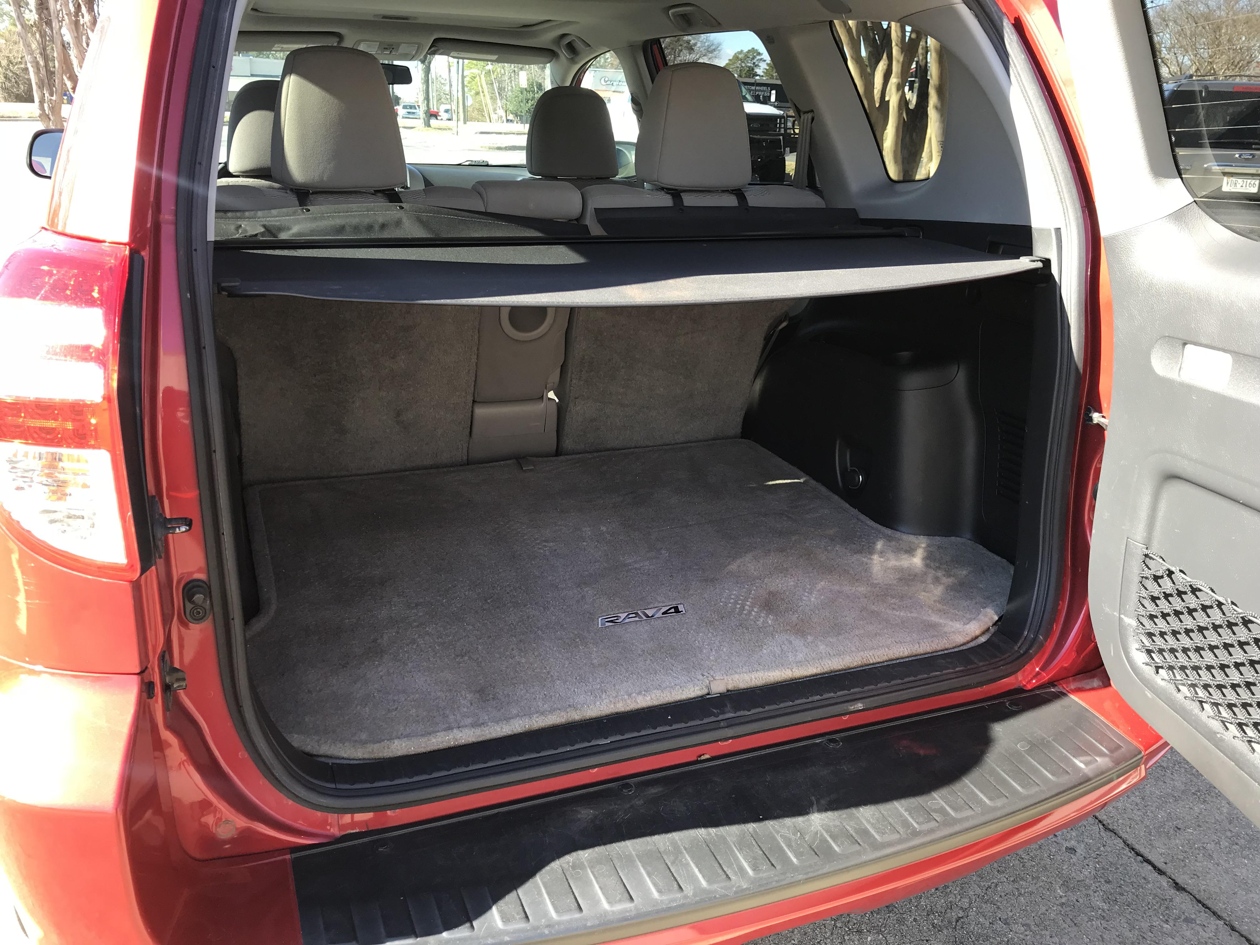 2011 Toyota RAV4 11