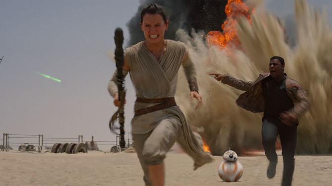 Star Wars: The Force Awakens' to top $1 billion in ticket sales Sunday