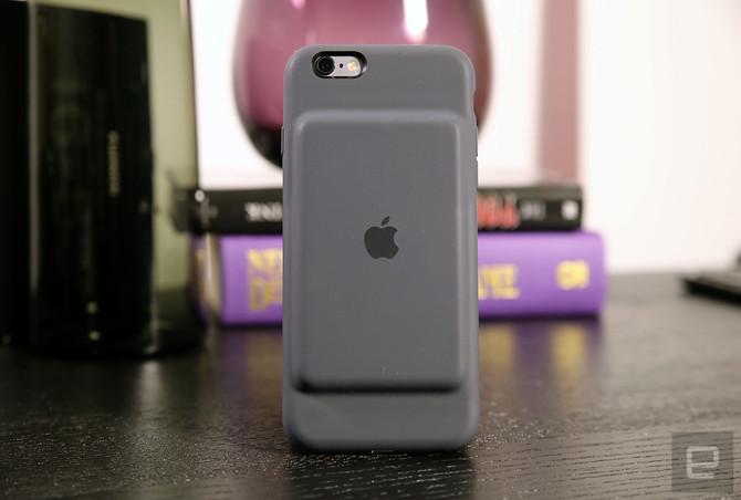 Apple has a $99 Smart Battery Case