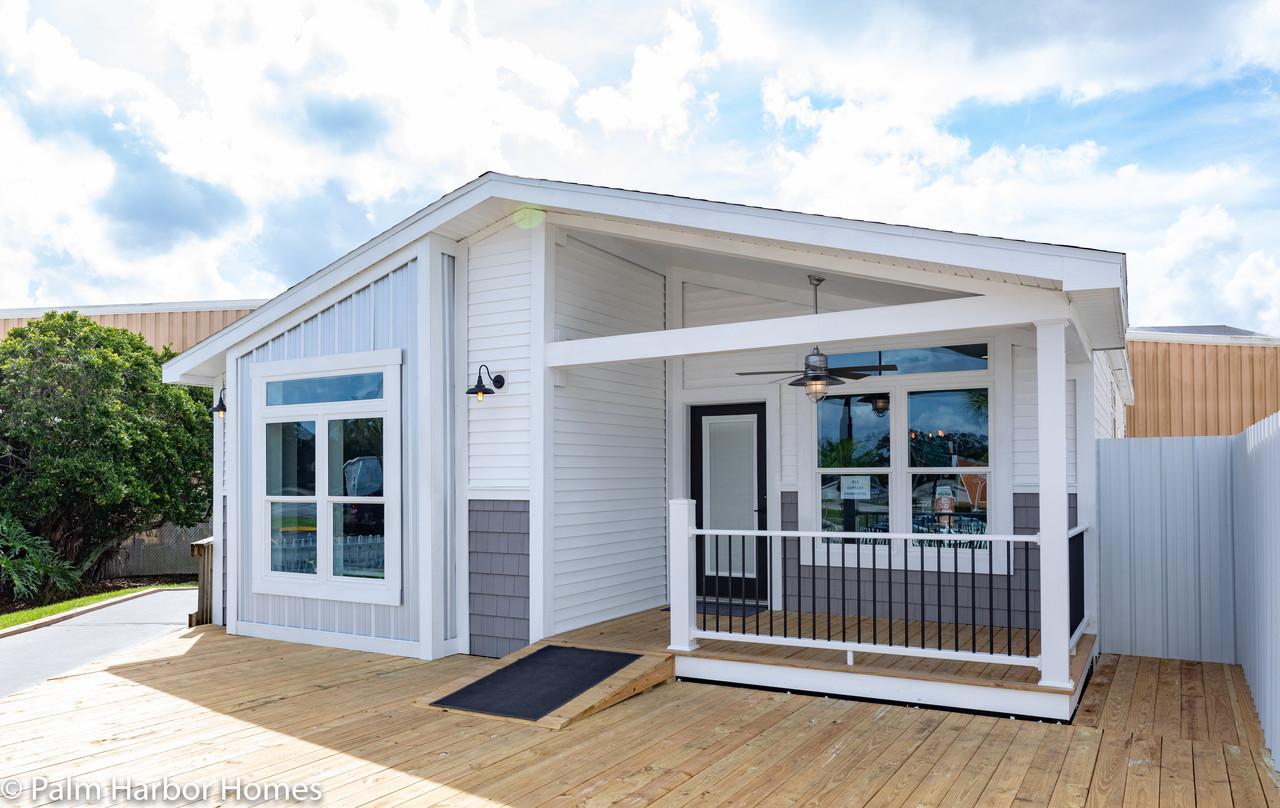 the_farmhouse_in_florida_48974968572_o_1