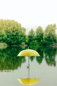 就算被雨淋濕了——有點痛苦的雨旋律——