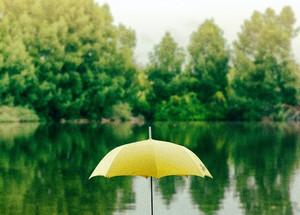 就算被雨淋濕了~有點傷感的雨旋律~
