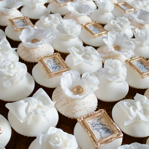 Ivory & Gold Cupcake Favours