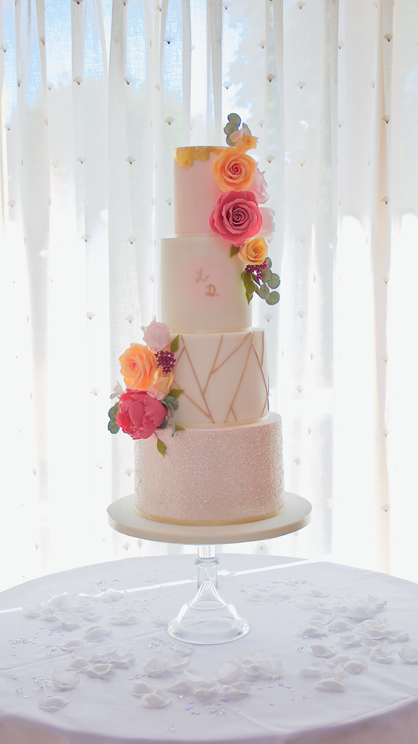 Bold Geometric Wedding Cake