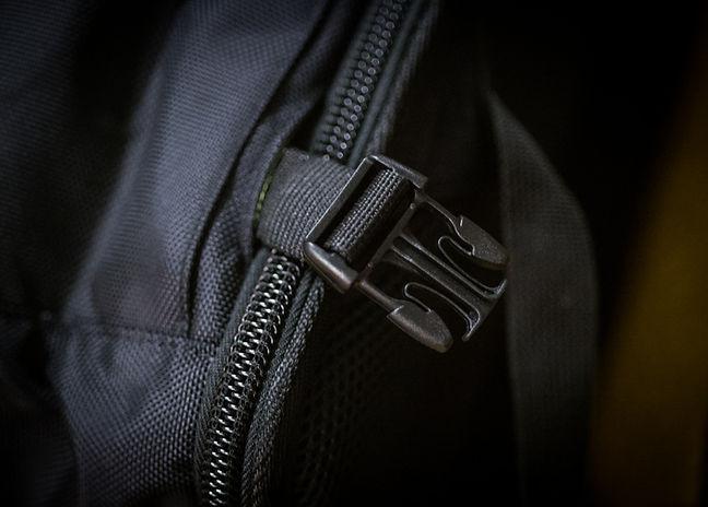 Native_Backpack_WaistStrap.jpg