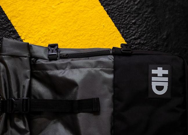 Alterbags_Native Backpack_Buckle.jpg