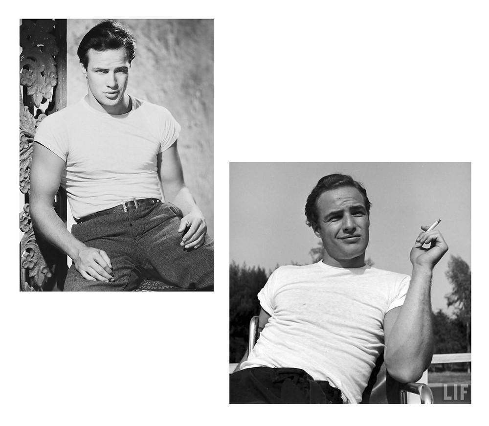 A imagem contem duas fotos em preto e branco de dois homens usando a camiseta branca, sendo eles Marlon Brando e James Dean. Na primeira foto, à esquerda, Marlon Brando está encostando em uma parede e na direita James Dena está sentado em uma cadeira segurando um cigarro com a mão direita.
