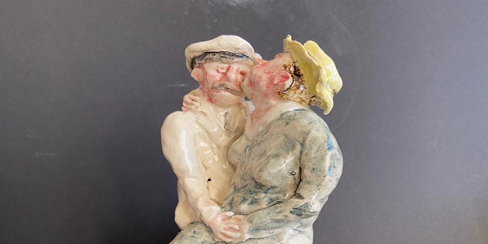 Erik Anderssons unika figurer i keramik tar plats i galleriet