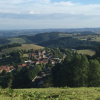 Uitzicht op Châtel-Montagne