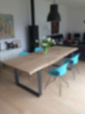 Tables_Plateau_reconstitué_chêne_et_pied