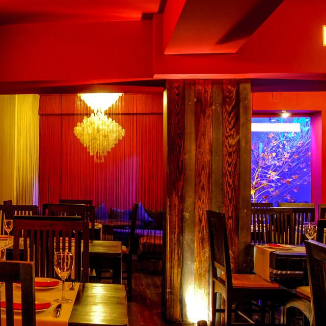 Mestizo, Restaurant