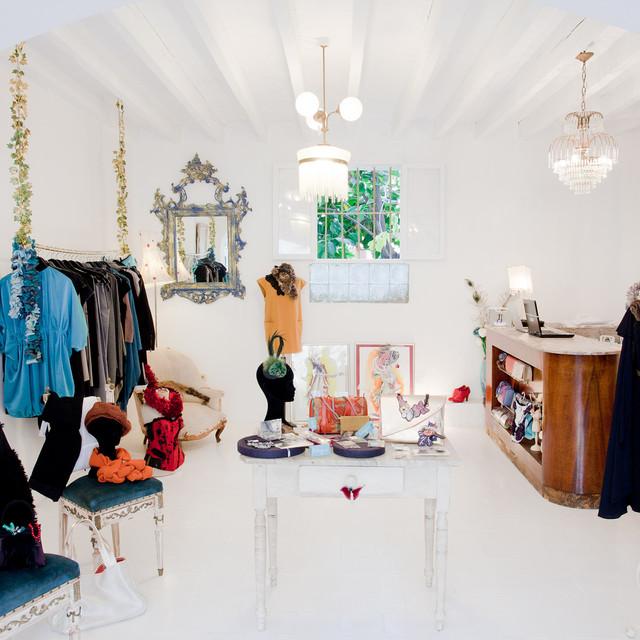 Antigua, Designers BoutiqueAntigua, Designers Boutique