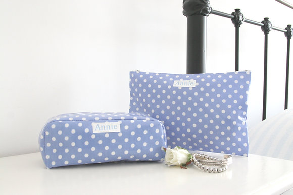 Overnight & Cosmetic Bag Gift Set