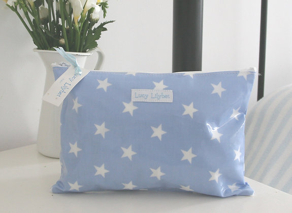 Star Wipe Clean Overnight Wash Bag