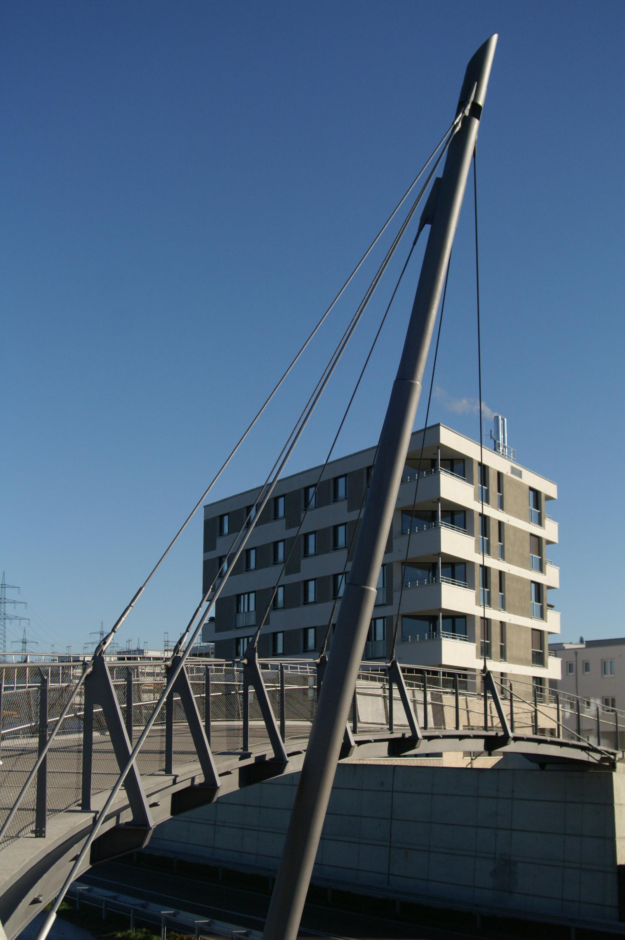 Fußgängerbrücke Luwigsburg-Neckarweihingen Neckarterrasse