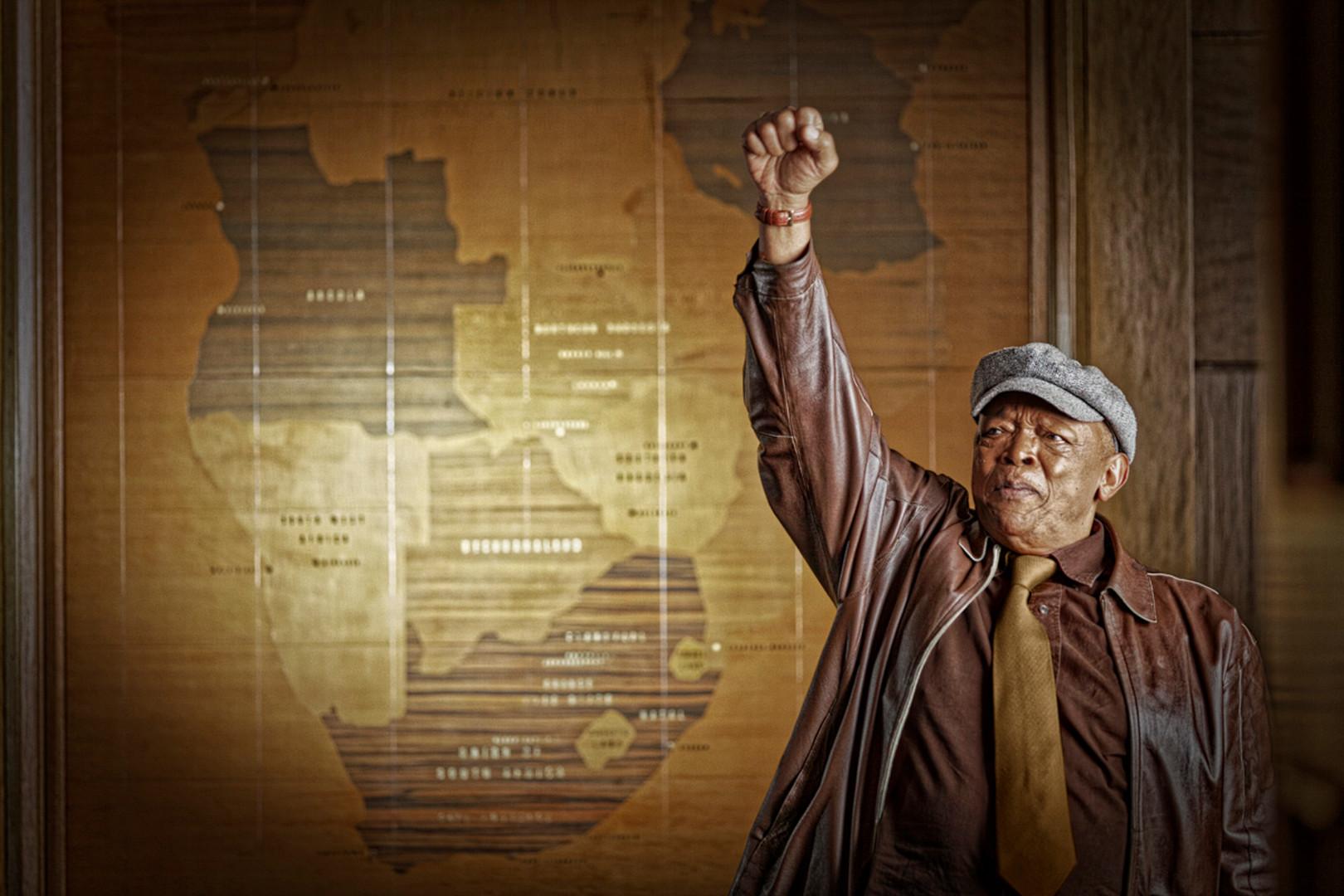 Hugh Masekela-22.jpg