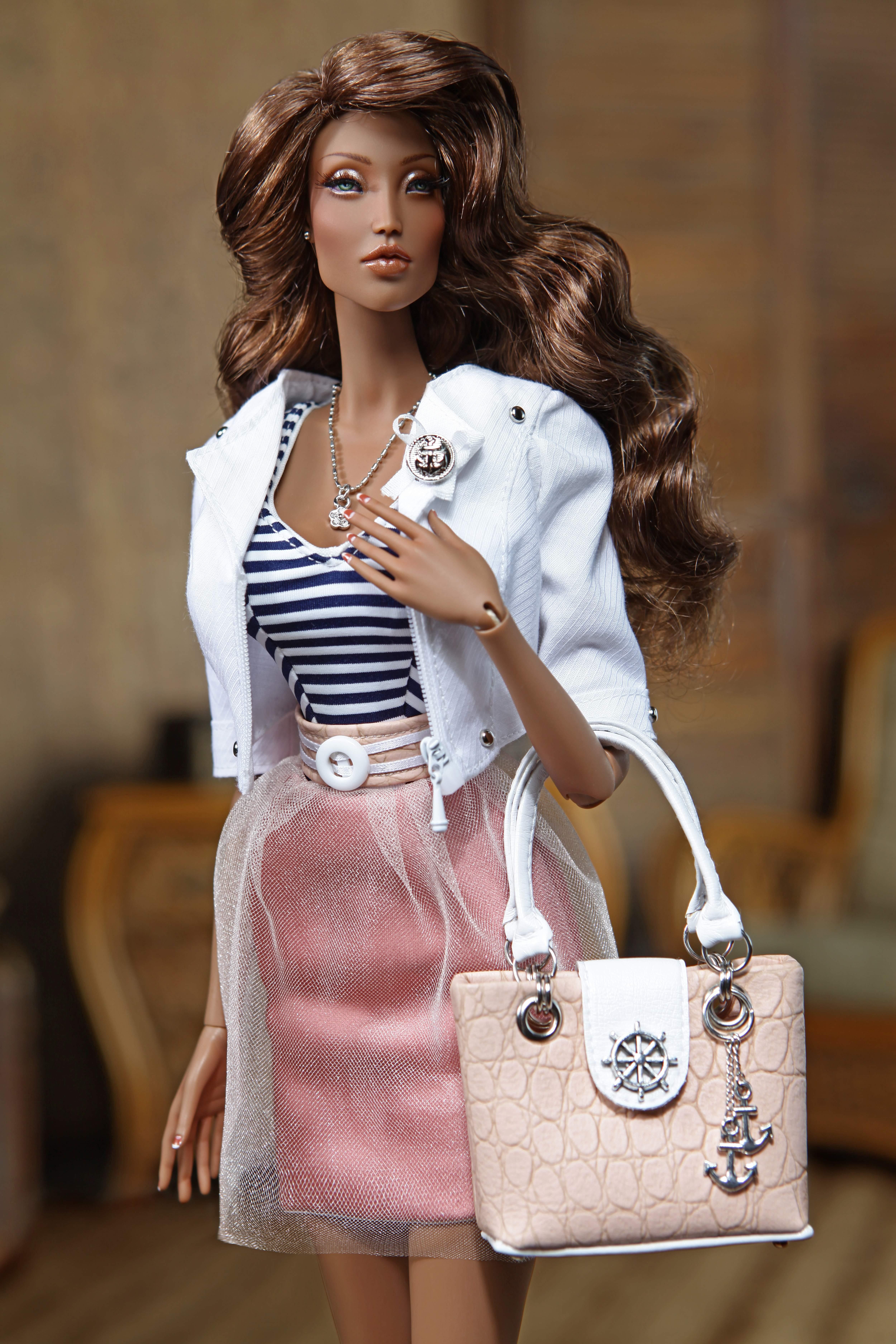 DollChic fashion doll