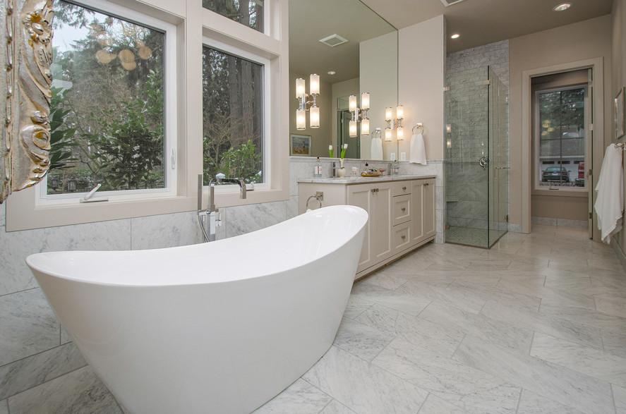 028_28 Master Bath.jpg