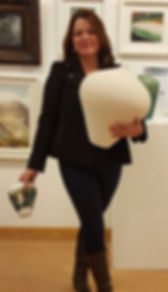 Che Finch Art Lounge, Large white vase.j