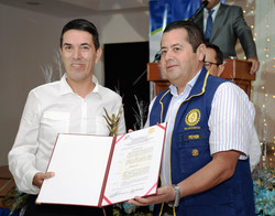 Harold_Díaz_-_premio_al_liderazgo