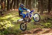 2020-Yamaha-WR250F-EU-Yamaha_Blue-Action