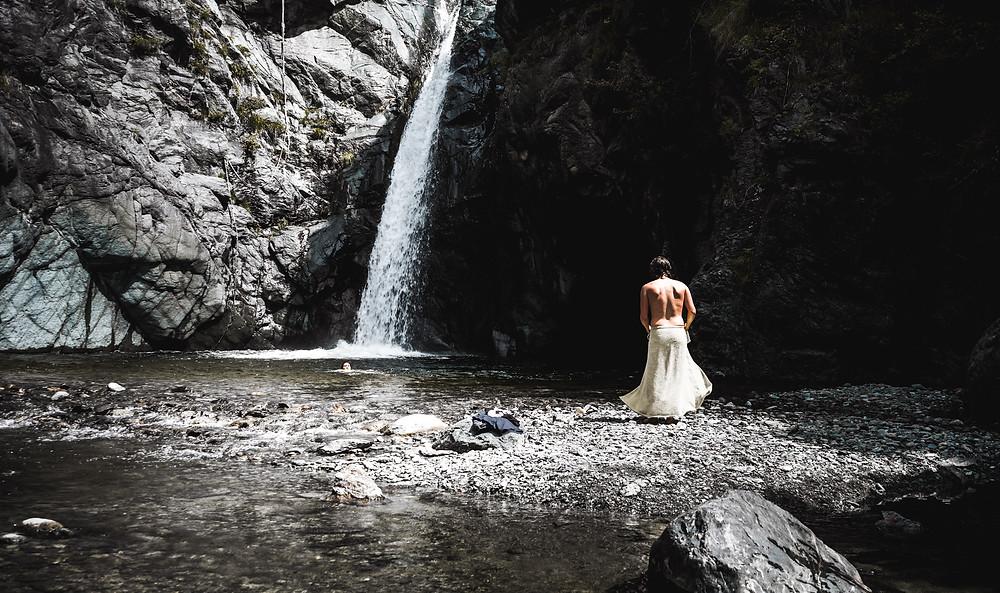 Une petite heure de marche dans la montagne pour arriver à cette magnifique cascade d'eau fraiche.