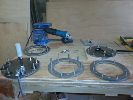 Fabrication de trappes de visite réservoirs carburant en inox 316L