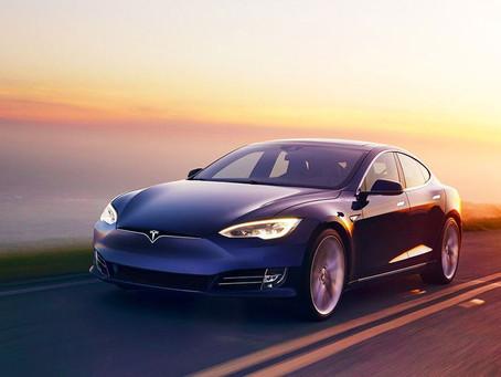 I fantasmi della Tesla: attacchi hacker alla guida autonoma